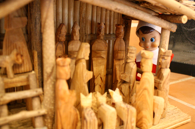 Elf on the Shelf: nativity