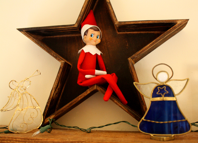 Elf on the Shelf: wooden star