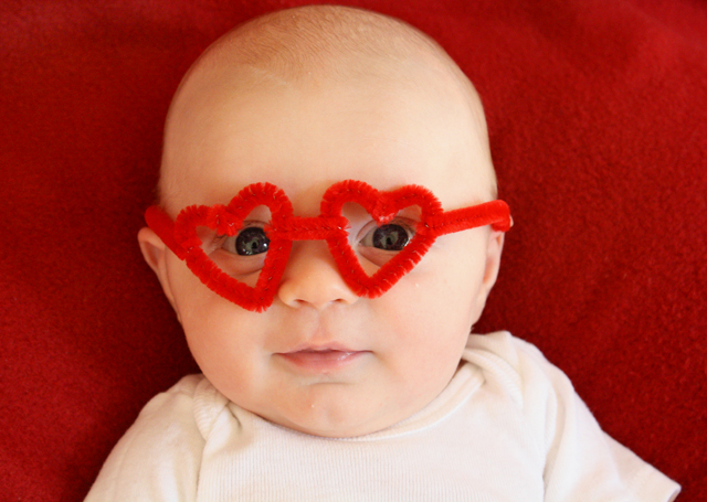 heart-shaped glasses made from pipe cleaners