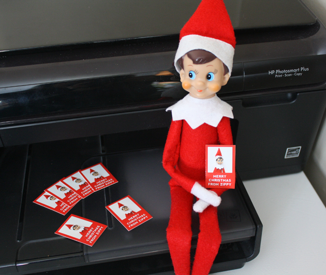 Elf on the Shelf sends Christmas cards